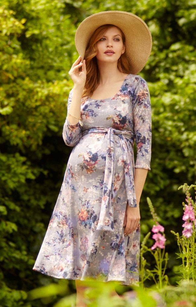 Mách nhỏ mẹ bầu cách chọn trang phục xinh xắn đi dã ngoại