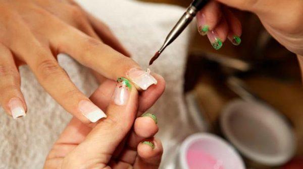Sơn móng tay dành cho bà bầu: Một số thương hiệu an toàn